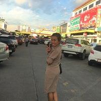 Photo taken at ตลาดนานาเจริญ by ratchanee s. on 6/23/2017