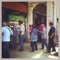 Photo taken at Mohd Yaseem Nasi Kandar by Farina B. on 3/2/2013