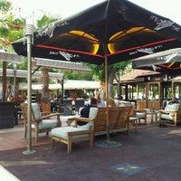 4/21/2013 tarihinde Mehmet Ç.ziyaretçi tarafından Green Beach Restaurant'de çekilen fotoğraf
