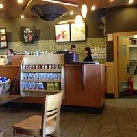 7/20/2013 tarihinde Serkan S.ziyaretçi tarafından Starbucks'de çekilen fotoğraf