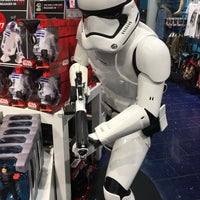 Photo taken at Disney Store by Rich H. on 5/29/2017