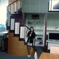 Photo taken at สำนักงานส่งเสริมวิสาหกิจขนาดกลางและขนาดย่อม (สสว.) Office of Small and Medium Enterprises Promotion (OSMEP) by Kaew_SKB🐵รักในหลวง on 6/25/2014