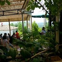 5/5/2013 tarihinde Itir K.ziyaretçi tarafından Zeytindalı Kahvaltı Evi'de çekilen fotoğraf