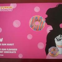 Photo taken at Dunkin' Donuts by Viviane E. on 10/20/2013