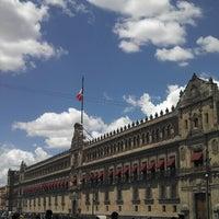 Foto tomada en Plaza de la Constitución (Zócalo) por Cesar A. el 6/2/2013