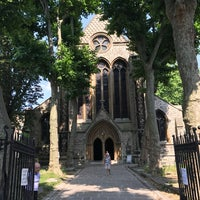 Photo taken at St Mary Abbots Gardens by Manfred L. on 6/19/2017