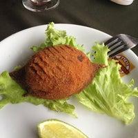 Photo taken at Restaurante Dona Ondina by Paula G. on 5/24/2013