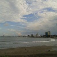 รูปภาพถ่ายที่ Mocambo โดย Alesita G. เมื่อ 9/7/2013