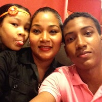 Photo taken at Pizza Hut by Jania R. on 11/20/2013