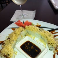 Photo taken at Umi Japanese Cuisine by Vanessa M. C. on 8/13/2013