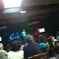 Photo taken at Aero Beer by Pedro Henrique C. on 4/28/2013