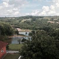 Foto tirada no(a) Hotel Fazenda Paraty por Júlia F. em 1/5/2014