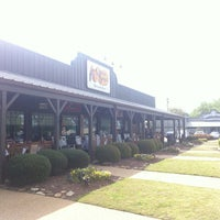 Photo taken at Cracker Barrel Old Country Store by Jonathan M. on 4/8/2013
