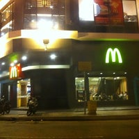 Photo taken at McDonald's & McCafé by Muhd Aizuddin A. on 5/11/2011