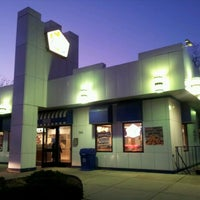 Photo taken at White Castle by Rick N. on 11/28/2012
