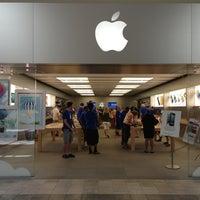 Das Foto wurde bei Apple Oxmoor von Shaun S. am 6/22/2013 aufgenommen