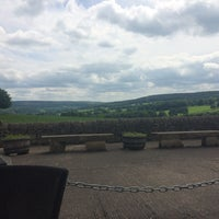 Photo taken at Chatsworth Farm Shop by Sophie R. on 6/3/2017