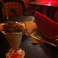 Das Foto wurde bei Sandia Tropical Pub von Elisa C. am 7/12/2013 aufgenommen