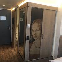 Das Foto wurde bei SORAT Hotel Saxx von Mustafa C. am 6/24/2017 aufgenommen