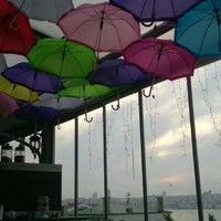 5/8/2013 tarihinde Himmet K.ziyaretçi tarafından Savor Cafe'de çekilen fotoğraf
