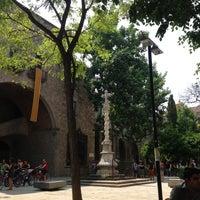 Das Foto wurde bei Jardins de Rubió i Lluch von Fernando A. am 6/27/2013 aufgenommen