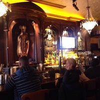 Das Foto wurde bei Rí Rá Irish Pub von Ty C. am 3/6/2015 aufgenommen
