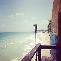 Foto scattata a Surfers Cafe da Ljana V. il 5/5/2013