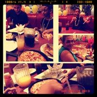 Photo taken at Pizza Hut by Lee-Ann R. on 5/18/2013