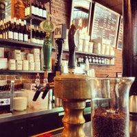 6/3/2013 tarihinde Jason B.ziyaretçi tarafından Lenox Coffee'de çekilen fotoğraf