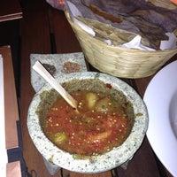 Foto tomada en Casa Oaxaca El Restaurante por Rodrigo L. el 1/15/2013