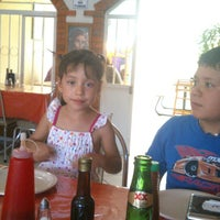 Photo taken at Ladrillos Pizza by Daniel G. on 5/31/2014
