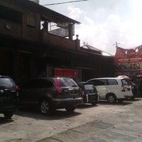 Photo taken at Mbah Jingkrak by PYTM on 6/18/2014