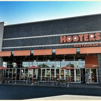 Photo taken at Hooters by Bart V. on 7/26/2013