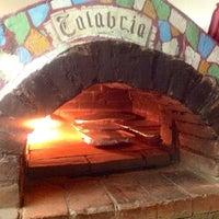Foto scattata a Calabria Pizza y Pasta da Calabria P. il 5/20/2015