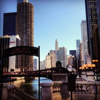 Foto scattata a Chicago Riverwalk da Jose Antonio T. il 3/22/2013