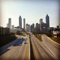 Foto tomada en Jackson Street Bridge por Raimon G. el 1/24/2013