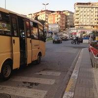Das Foto wurde bei Ambarlı Meydan von Gamze . am 4/25/2013 aufgenommen