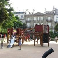 Photo prise au Aire de jeux du Parc Monceau par Arnaud M. le6/16/2013