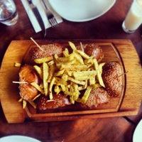 2/16/2013 tarihinde Doğukan Ç.ziyaretçi tarafından Nusr-Et Steakhouse'de çekilen fotoğraf