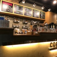Photo taken at Coffea Coffee 코페아커피 by Tomoyukl T. on 5/6/2017