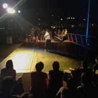 7/5/2014 tarihinde Augusto C.ziyaretçi tarafından Centre Cívic del Guinardó'de çekilen fotoğraf
