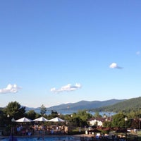 Photo taken at Holiday Inn Resort Lake George-Turf by Ernest S. on 8/9/2015