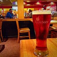 Photo taken at Applebee's Neighborhood Grill & Bar by Eric B. on 9/3/2015