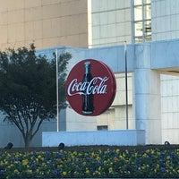 Foto tomada en Coca-Cola Headquarters por Miranda H. el 10/24/2017