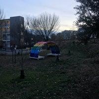 Das Foto wurde bei Freedom Park Trail at the Atlanta BeltLine von Miranda H. am 12/14/2017 aufgenommen