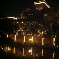 Foto diambil di Al Qasr Hotel oleh SHiKHa.M.M.R pada 6/22/2013