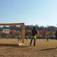 Photo taken at 안산호수공원 by Haeng-Chul K. on 10/31/2015