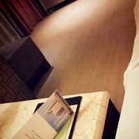 Photo taken at FAIRMONT RESIDENCE[福泰酒店公寓] by GIYOUL H. on 7/7/2013