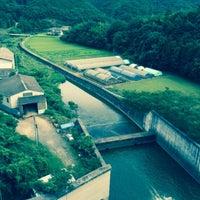 Photo taken at 八塔寺川ダム by fufufu_AdSense on 8/24/2015
