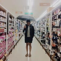 Photo taken at Woolworths by ʕ·ᴥ·ʔ on 5/11/2014